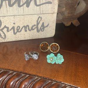 Bundle of earrings good condition